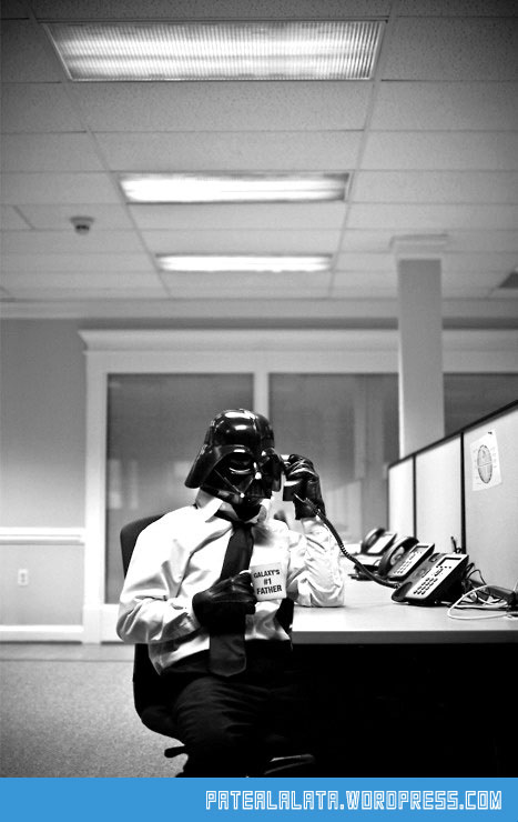 cool-Darth-Vader-work-office