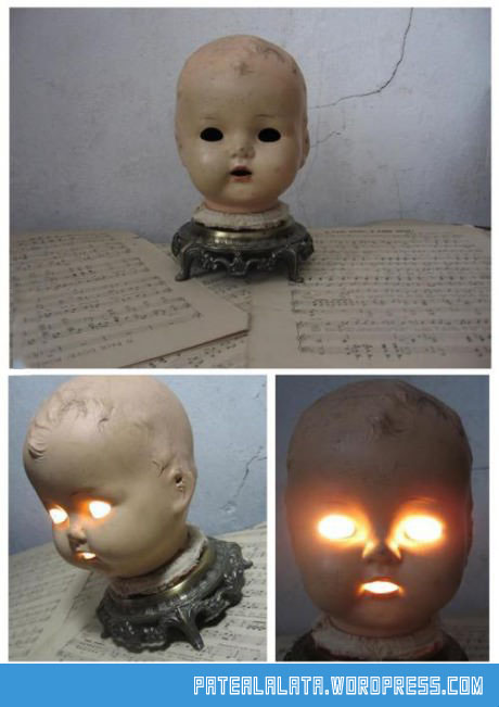 creepy-scary-lamp